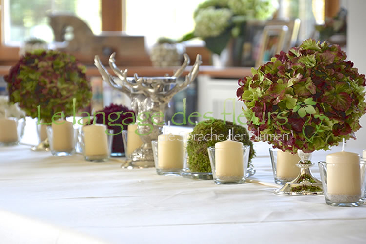 Table decoration, flower balls, silver chandelier, Munich